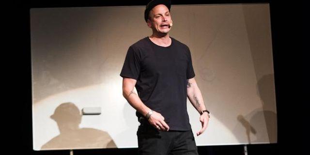 Petter på turné med föreläsning