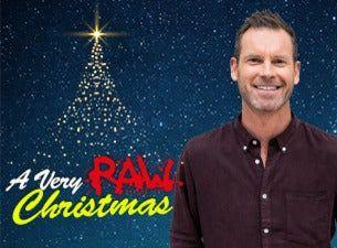 A very RAW christmas med bl. a. Robin Paulsson, David Batra