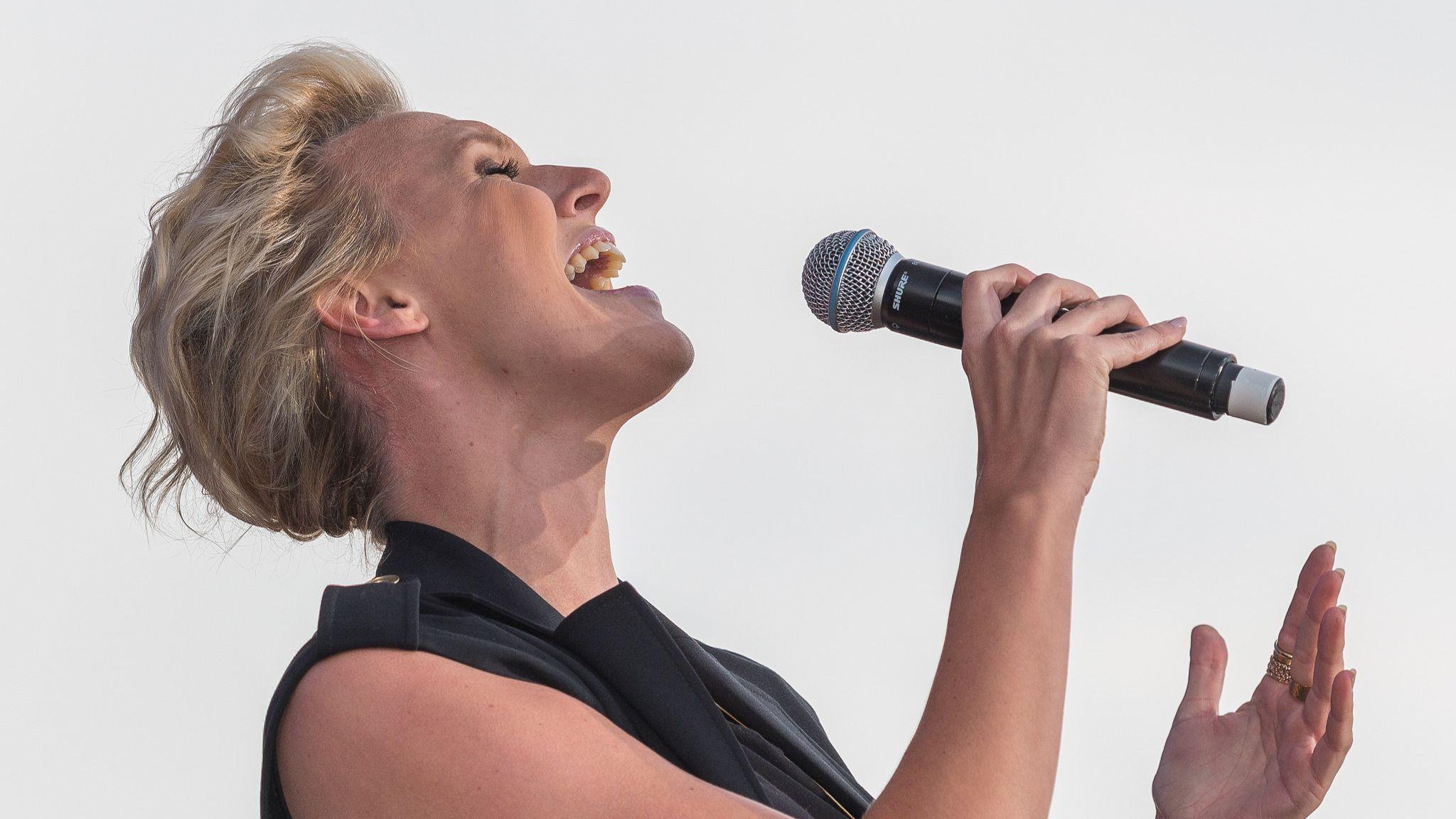 """Mitt Sanna Jag"" - Sanna Nielsen"