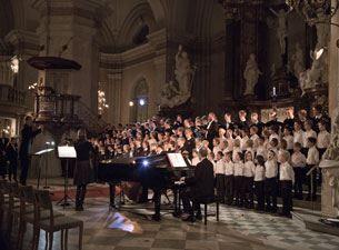Julkonsert med Stockholms Gosskör