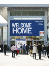 Good prospects for interpack 2023; here a scene from the last trade fair in 2017. (Image: Messe Düsseldorf GmbH)