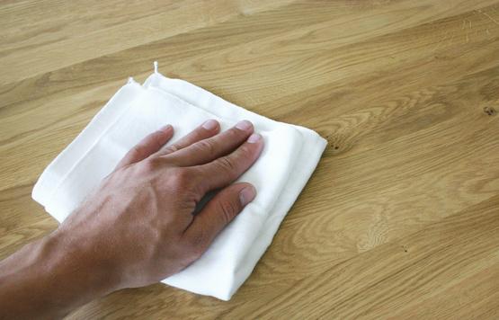 Geölte und lackierte Oberflächen Pflege und Information  