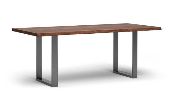 et38bk baumkantentisch aus nussbaum massiv von frohraum. Black Bedroom Furniture Sets. Home Design Ideas