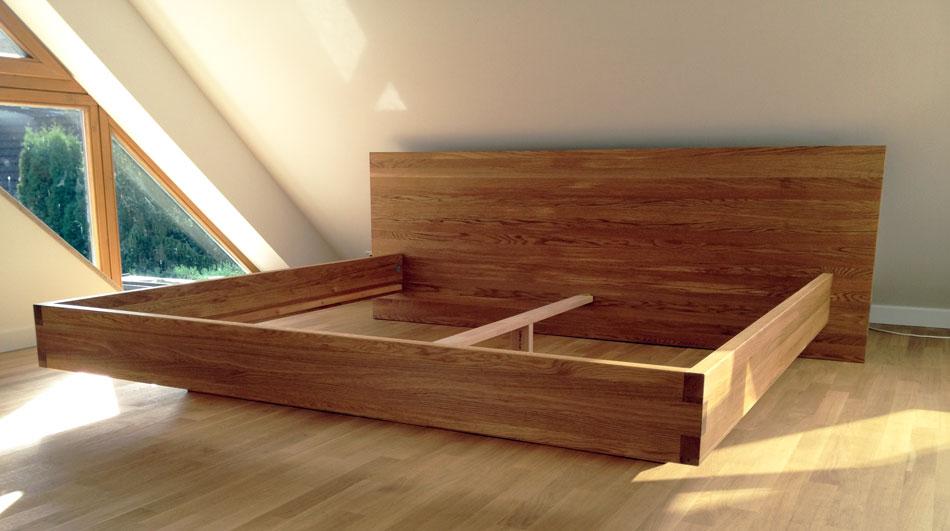 b35 bett kirschbaum massiv schwebebett nach mass von frohraum. Black Bedroom Furniture Sets. Home Design Ideas
