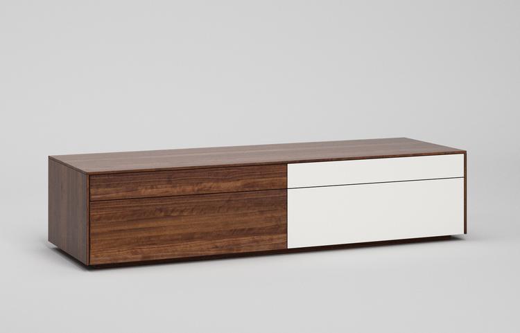 L502g-lowboard-reinwei%c3%9f-a1-nussbaum-dgl