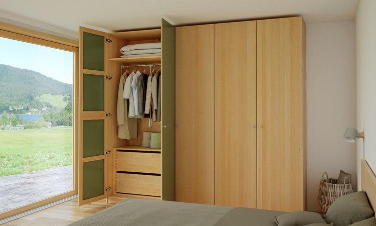 750x450-kleiderschrank-buche-schlafzimmer-auf
