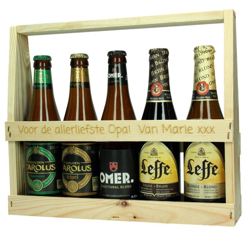 Porte-bouteilles en bois, bouteilles de bière incluses (haut)