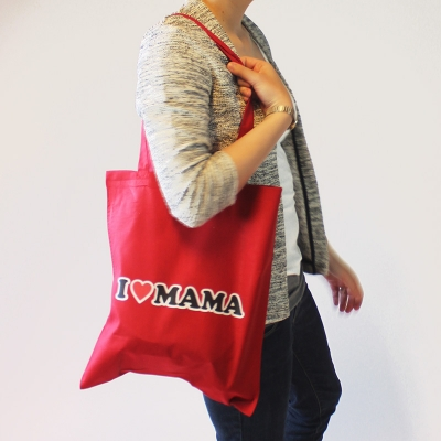 Shopper 'I Love Mama'