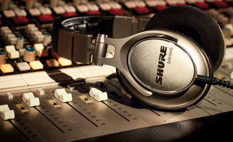 choosing-studio-headphones