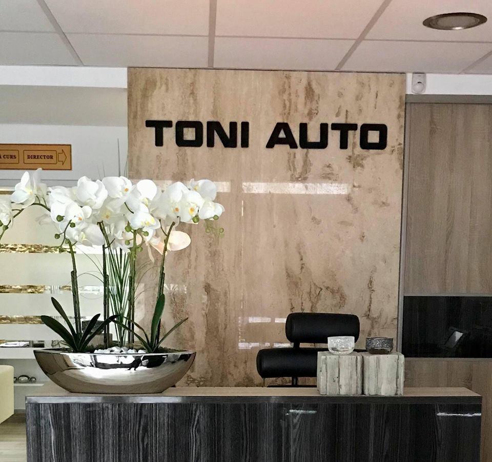ToniAuto - Page - Birou