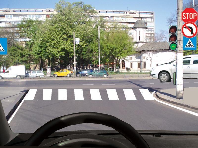 În această situaţie trebuie să cedaţi trecerea vehiculului din dreapta?