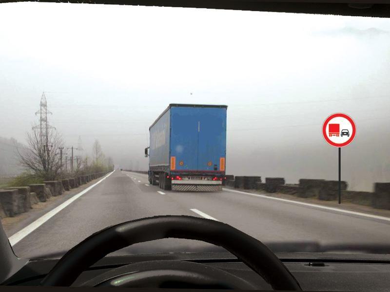 Puteţi efectua depăşirea camionului?