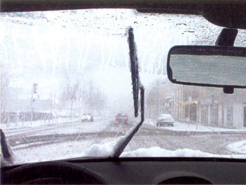 Când ninge abundent veţi folosi: