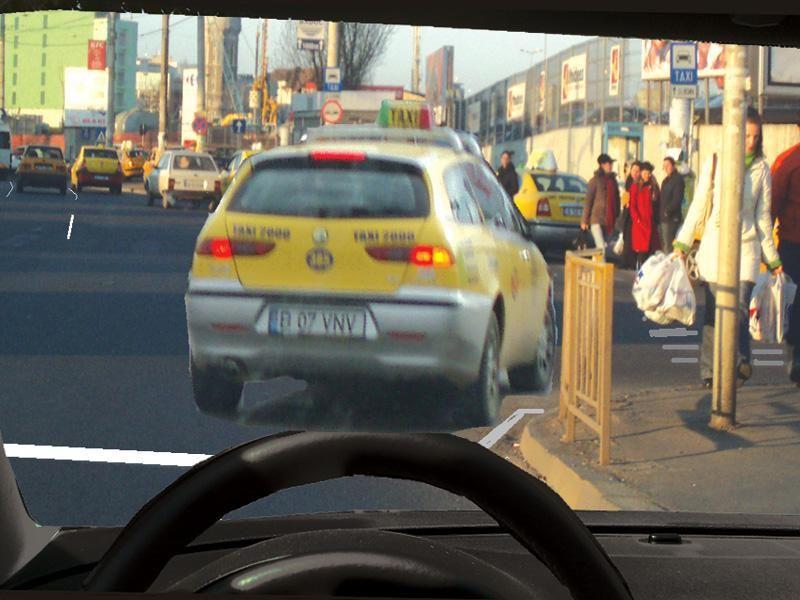 Ce trebuie să aveţi în vedere dacă intenţionaţi să circulaţi spre dreapta, după taxi?