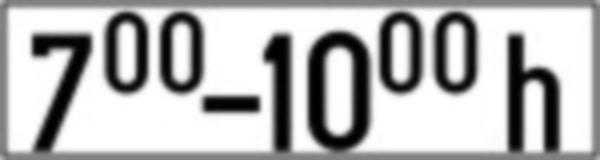 Specifica intervalul orar intre care se respecta regulile impuse de indicatorul sub care este amplasat panoul din imagine.