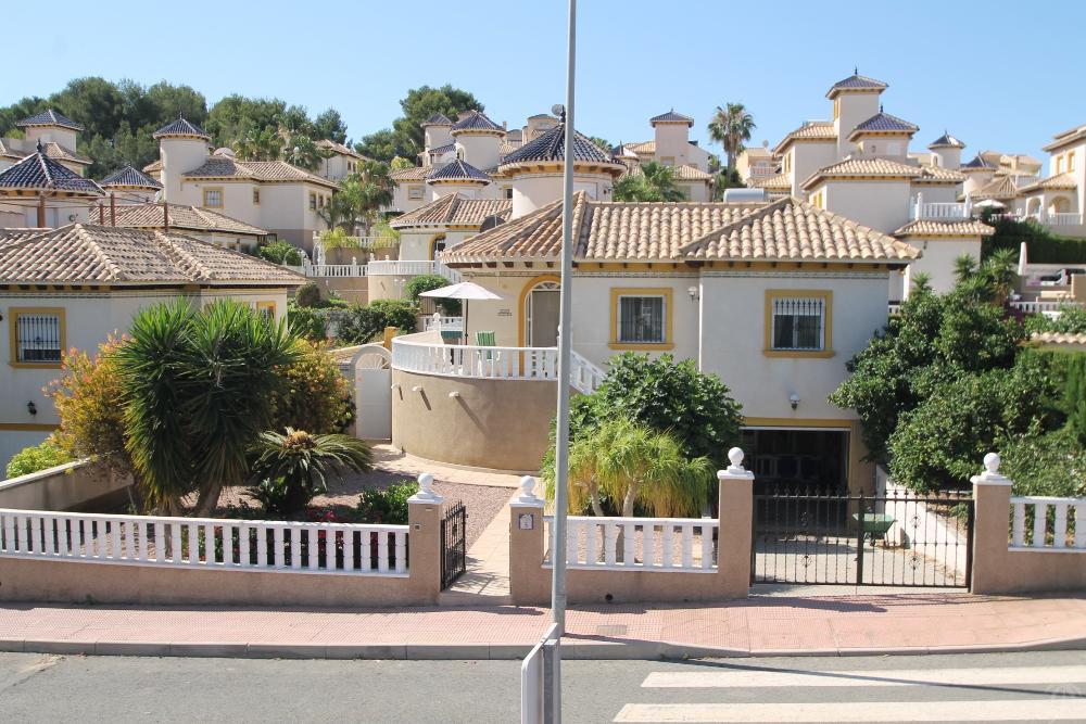 villamartín alicante villa photo 3052213