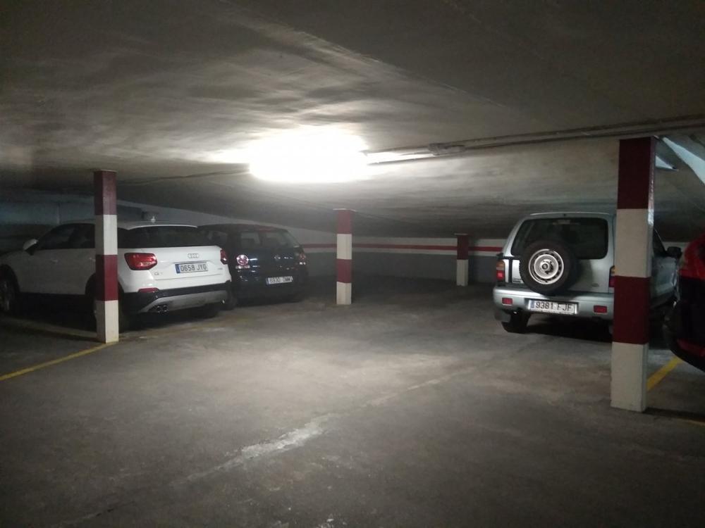 l'eixample russafa valencia  aparcamiento foto 3307803