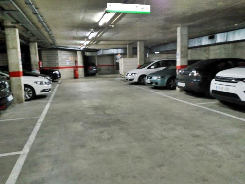 sant martí-el poblenou barcelona aparcamiento foto 3260499