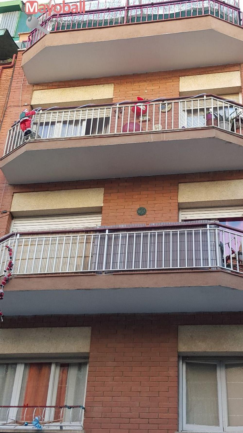 nou barris-prosperitat barcelona edificio foto 3302973