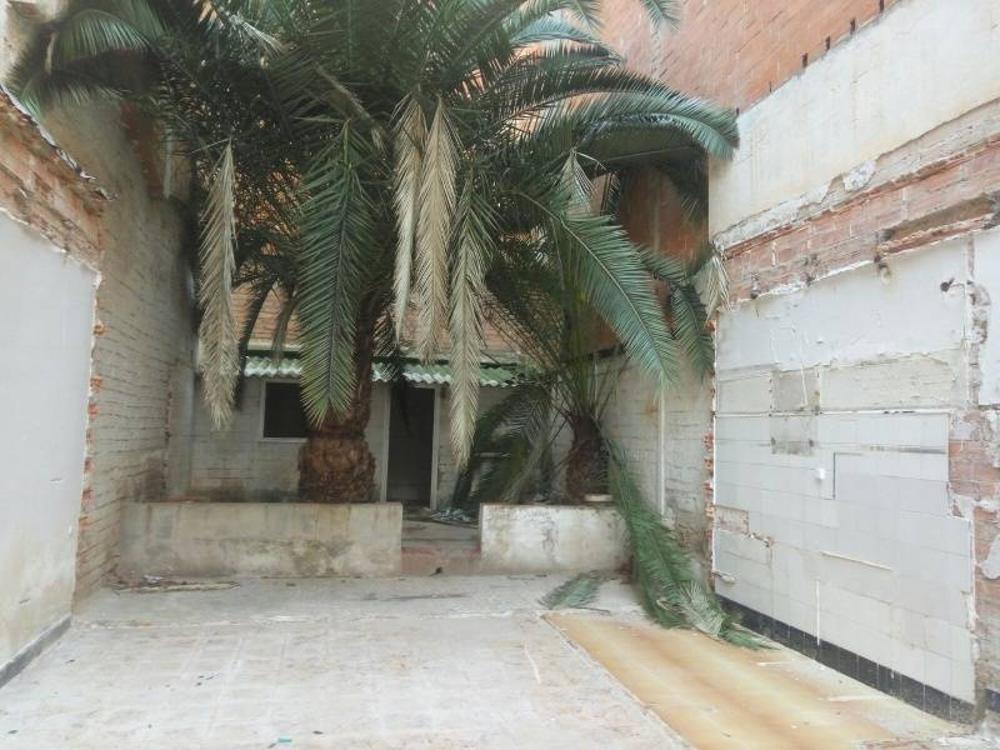 nou barris-prosperitat barcelona terreno foto 3302985