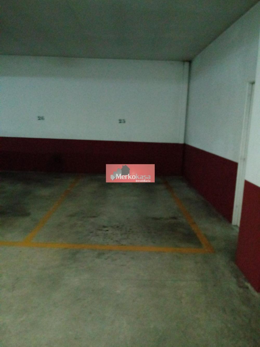 campiña urb. lugo  Parkplatz foto 3315795