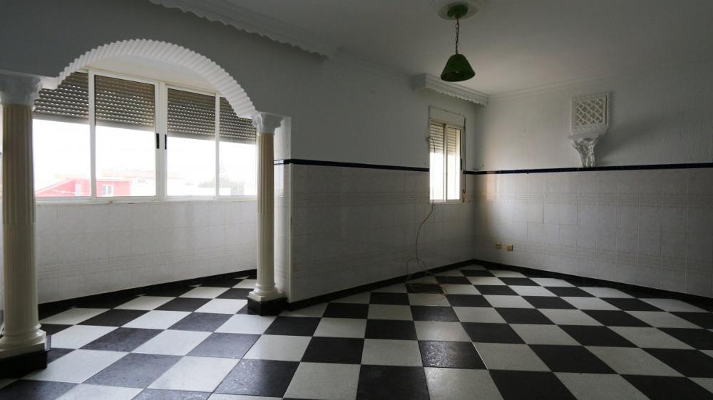 pista huelva lägenhet foto 3510501