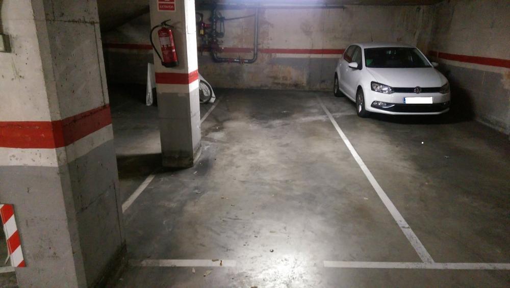 sant andreu-sant andreu barcelona aparcamiento foto 3499207