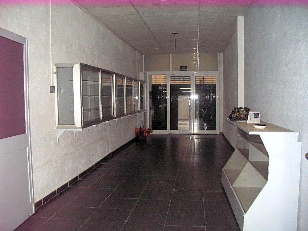 vilafranca del penedès barcelona commercial foto 3854537