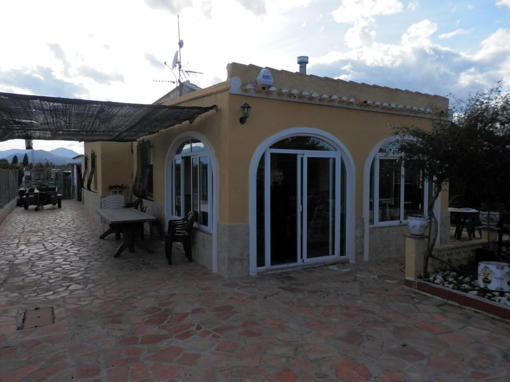 oliva valencia  hus på landet foto 3646631