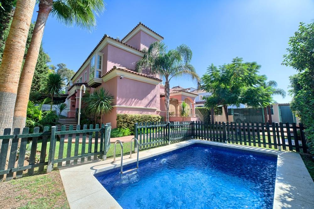 puerto banús málaga villa foto 3654765