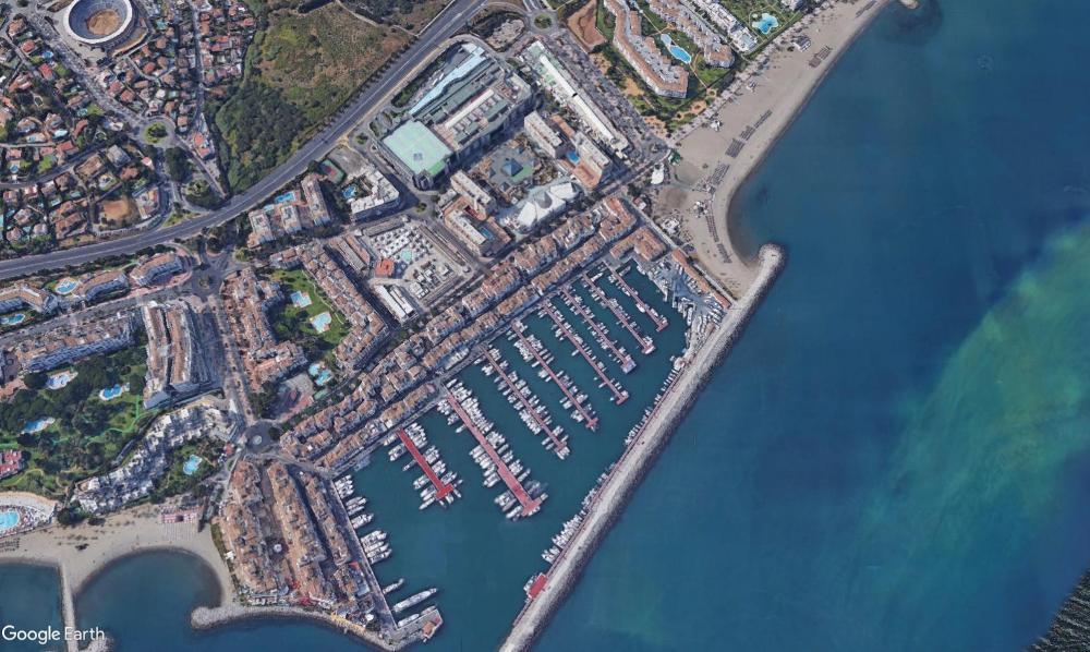 puerto banús málaga kommersiell foto 3772314