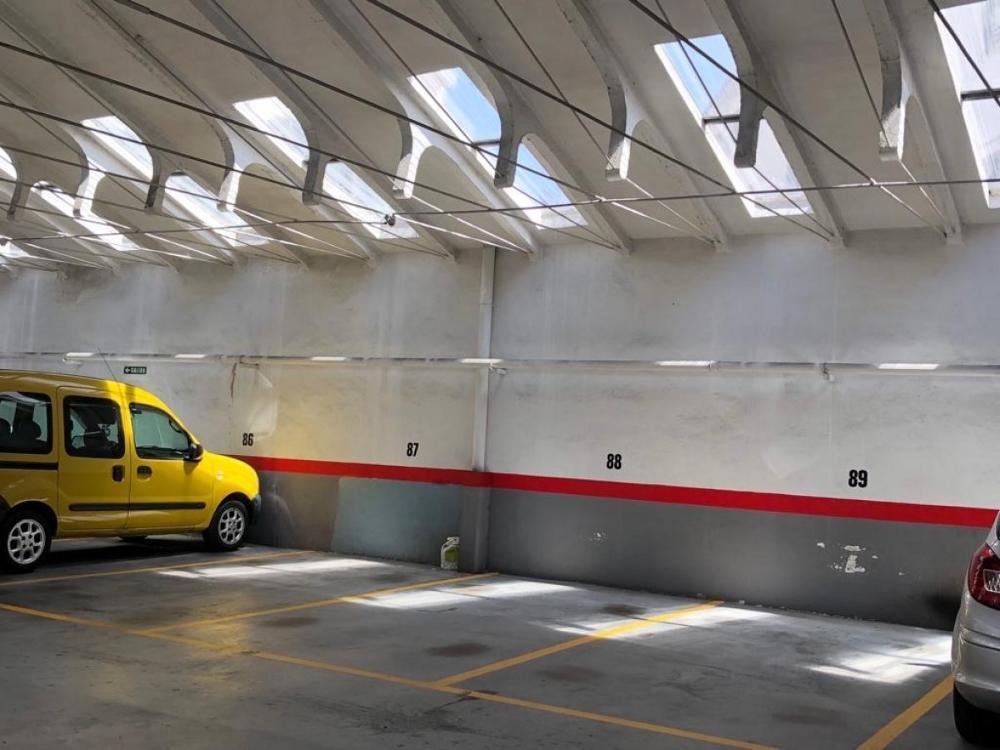 arrosadia-milagrosa navarra parkering foto 3779268