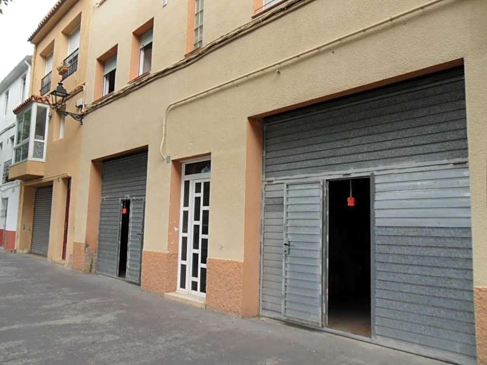 torrelles de foix barcelona commercial foto 3864365