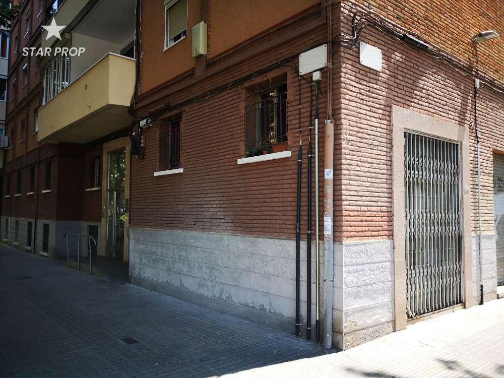 sant martí-diagonal mar barcelona winkelpand foto 3872013
