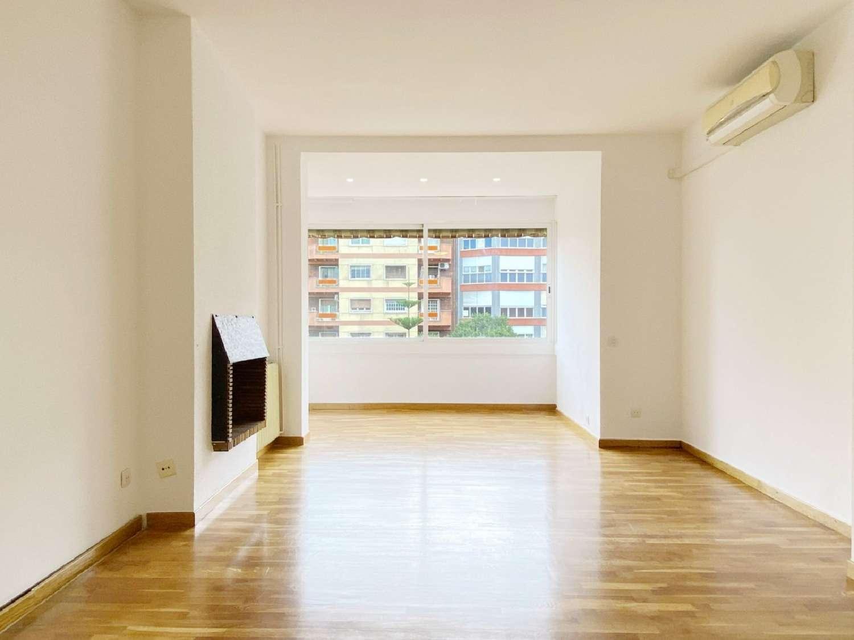 les corts-sant ramon-maternitat barcelona piso foto 4649599