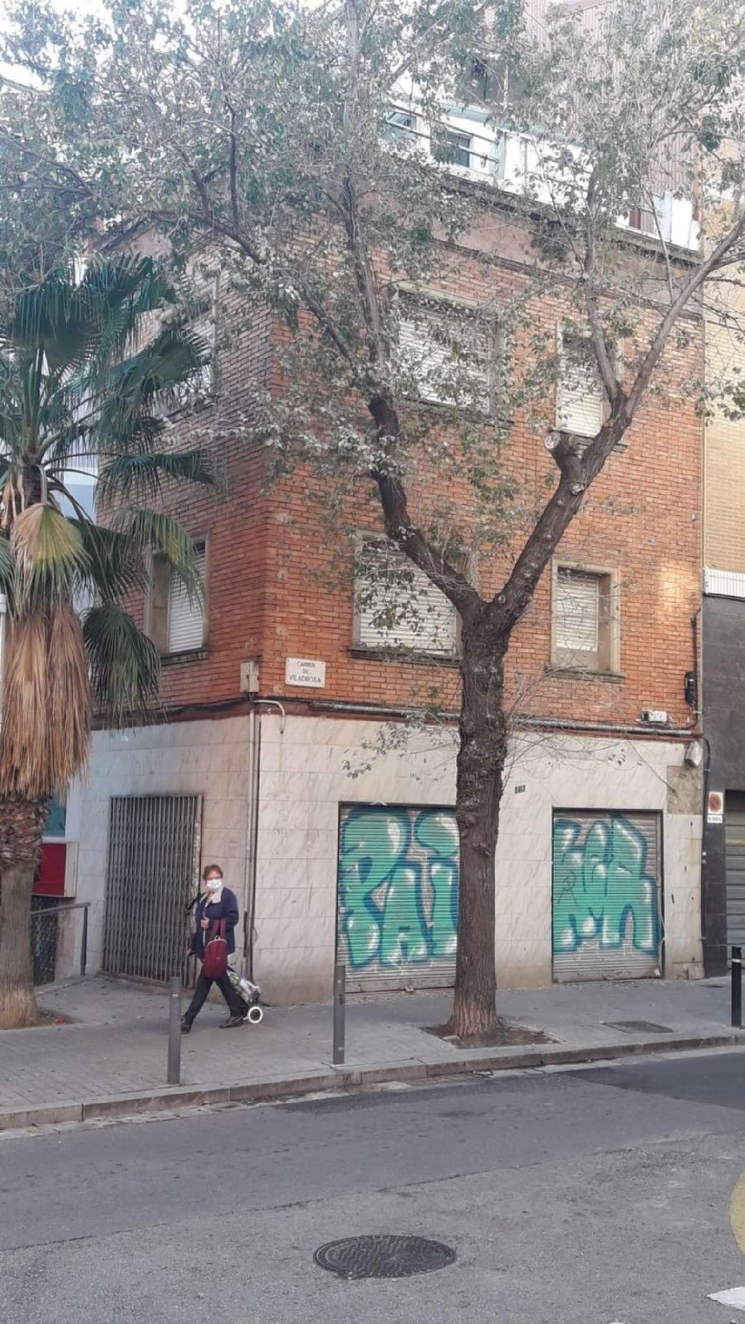 nou barris-la guineueta barcelona edificio foto 4605145