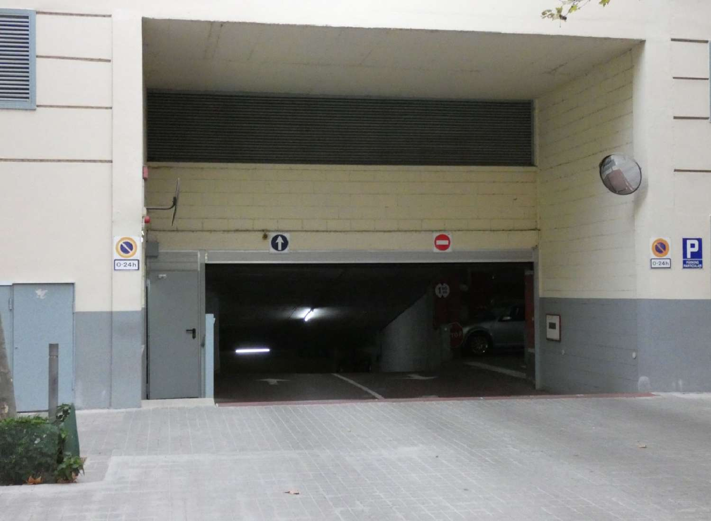 sant martí-besòs-maresme barcelona aparcamiento foto 4606014