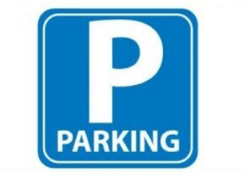 sant andreu-la sagrera barcelona aparcamiento foto 4615555