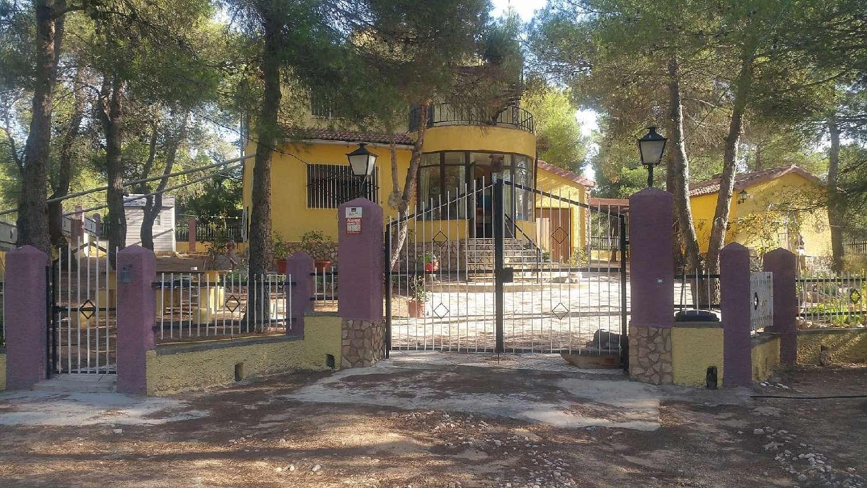 ayora valencia hus på landet foto 4616410