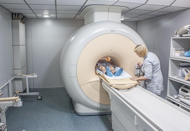 Закрытый аппарат МРТ