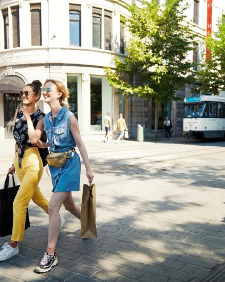Image for Antwerpen 3 dagen: Vriendinnen & Teamgenoten (dames)  4/20 personen