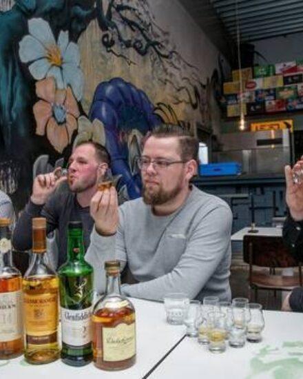 Image for Ootmarsum event 1 dag: vrienden, teamgenoten & collega's 5/49 personen