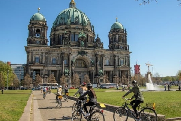 Private berlin attractions bike tour for groups berlin cathedral jpeg header 364359