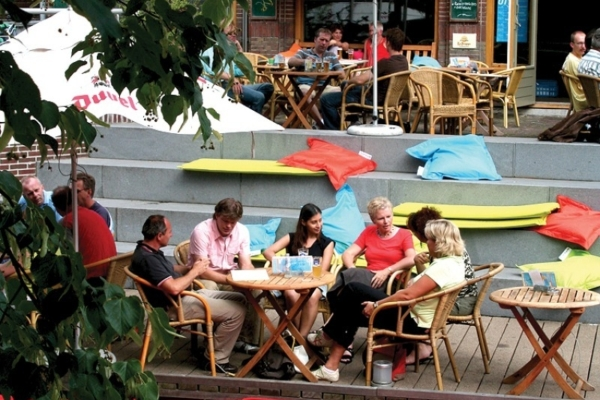 Almelo kanotocht cafe Belgie 4