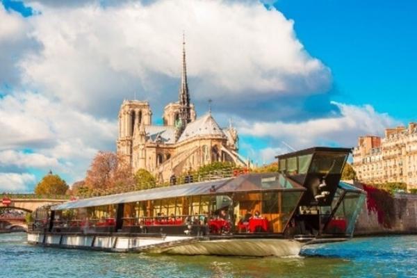 Bateau Parisien 1
