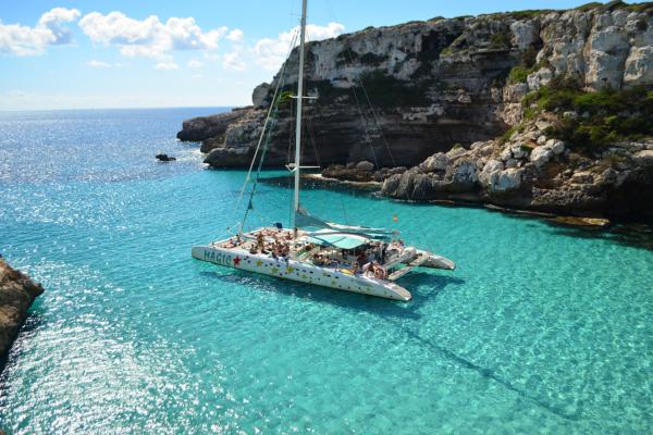 Catamaran Mallorca tour