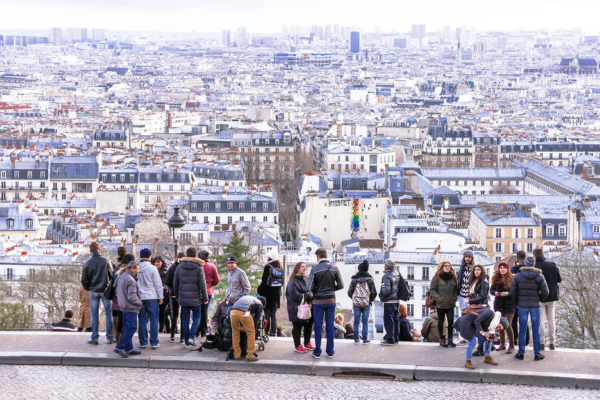 Groep View of Paris from Montmartre hill 1