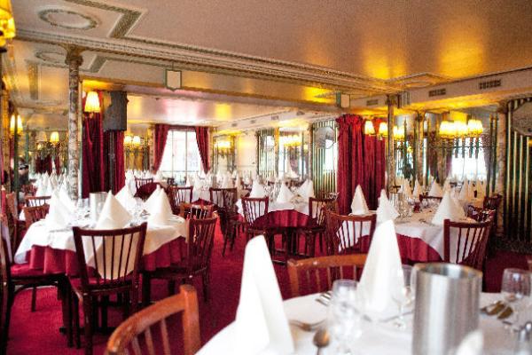 Les Noces de Jeannette Brasserie 5
