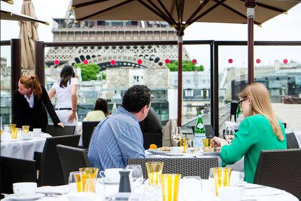 Les Ombres restaurant 3