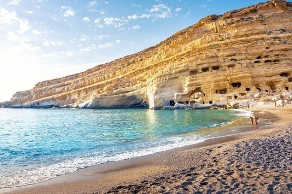 Matala beach caves 2
